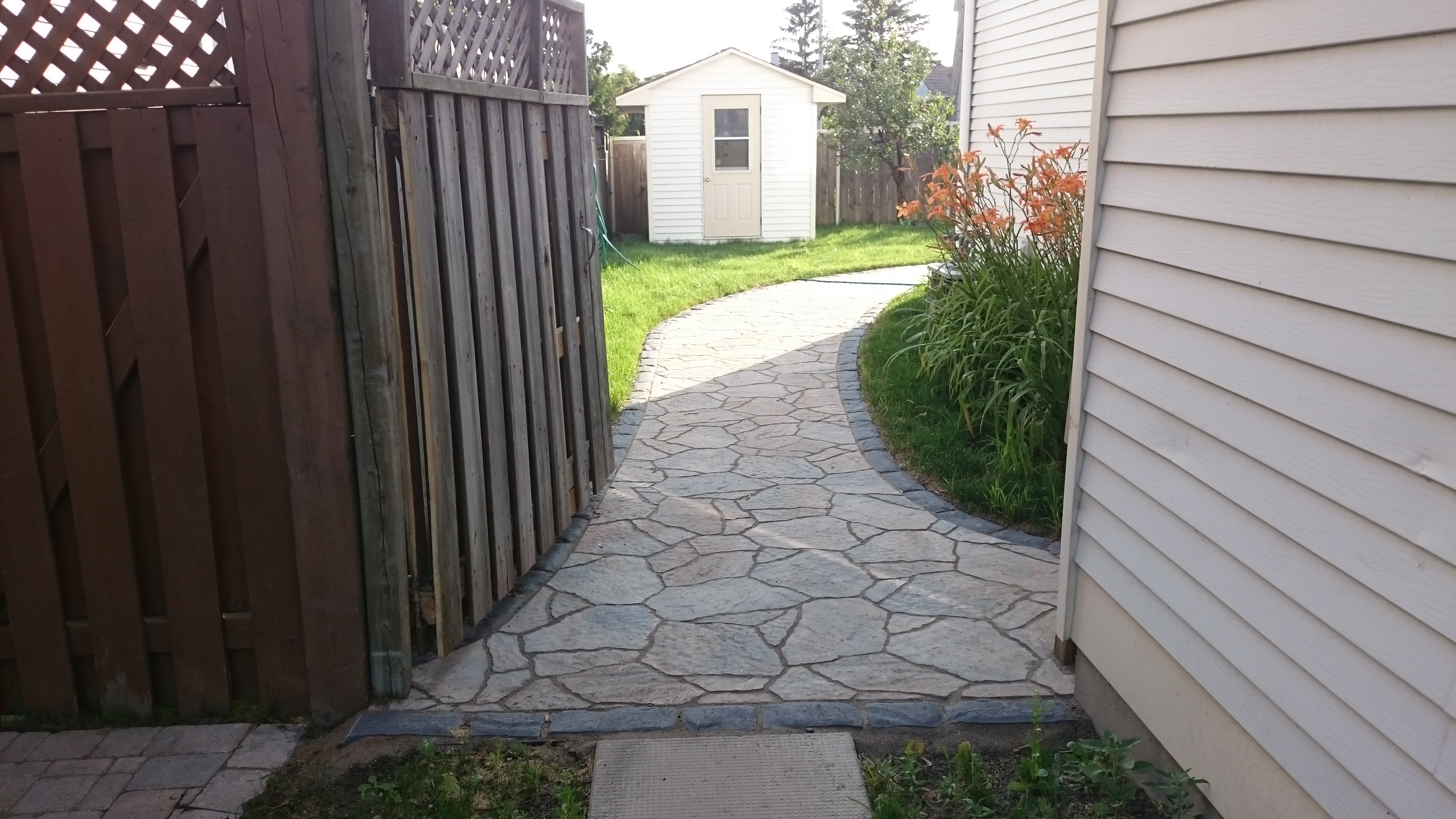 Walkway Interlock Retaining Walls Driveways Patios